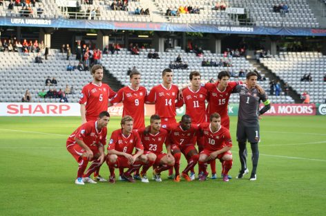 Младежите също ще играят с Швейцария